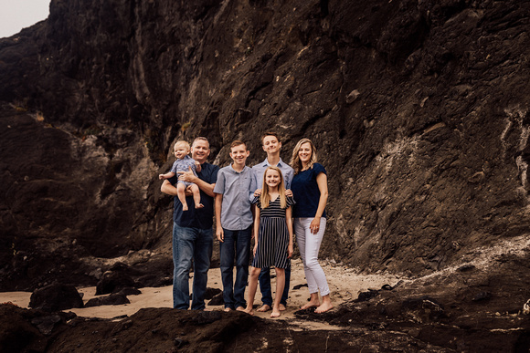 Roads-End-lincoln-city-oregon-Family-Photography-Session-8